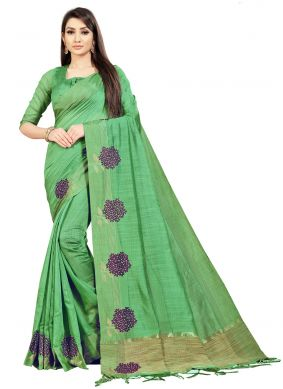Art Silk Embroidered Bollywood Saree in Green