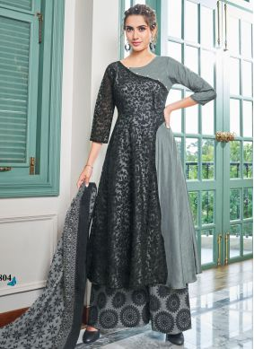 Black Muslin Embroidered Salwar Kameez