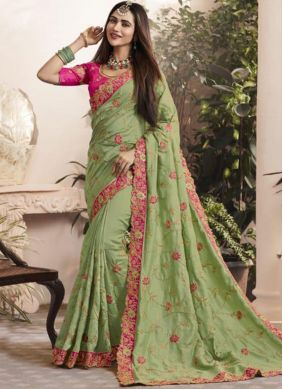 Engrossing Thread Green Classic Saree
