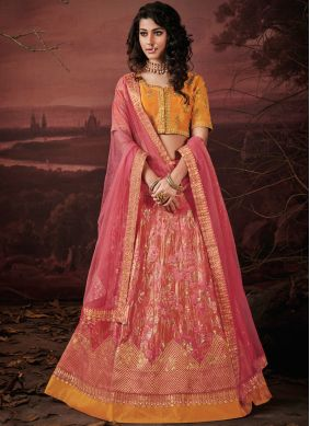 Enthralling Designer Lehenga Choli For Sangeet