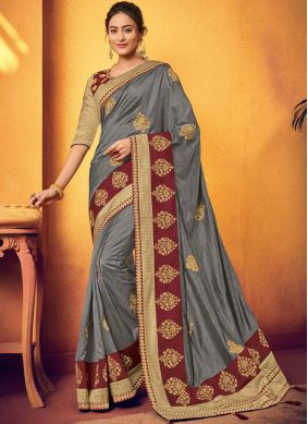 Fantastic Traditional Designer Saree For Wedding