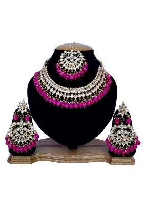 Gold and Magenta Necklace Set