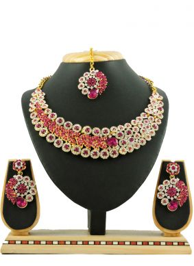 Gold Stone Work Casual Necklace Set