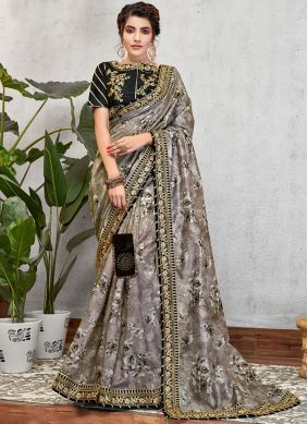 Grey Patch Border Traditional Saree