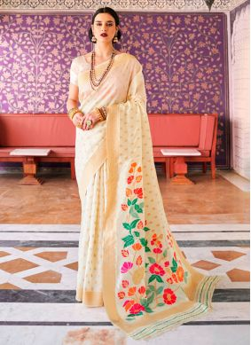 Handloom silk Weaving Traditional Saree in Cream