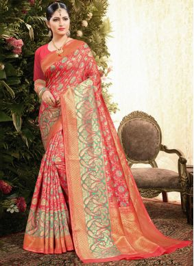 Jacquard Weaving Classic Designer Saree in Red