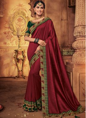 Lovely Embroidered Designer Traditional Saree