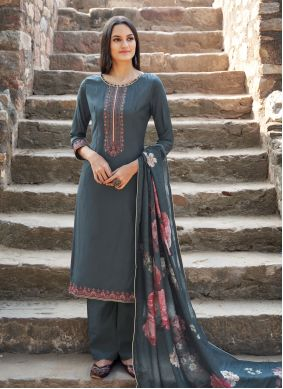 Muslin Grey Embroidered Trendy Salwar Kameez