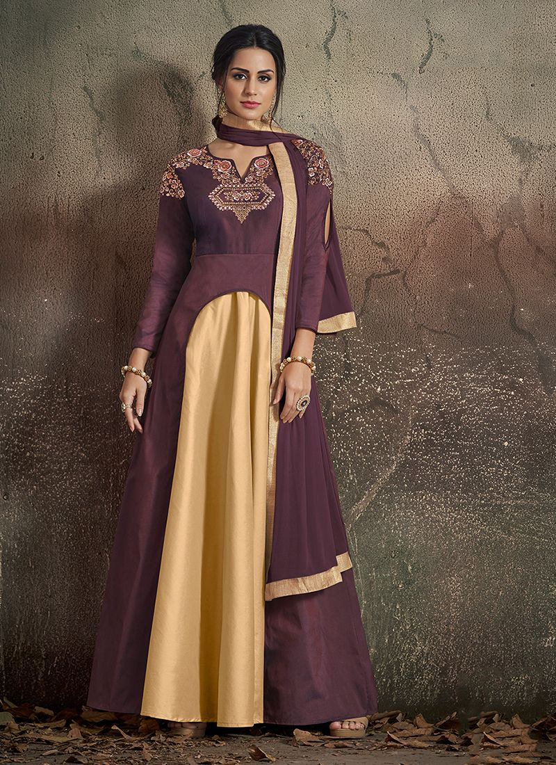Observable Art Silk Readymade Designer Gown