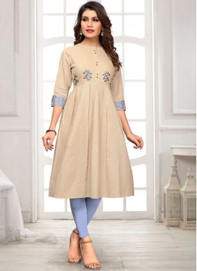 Outstanding Embroidered Casual Kurti