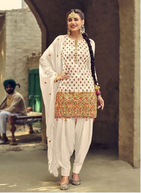 Off White Patiala Salwar Suit For Festival