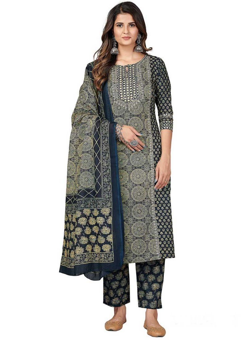 Print Cotton Pant Style Suit in Green