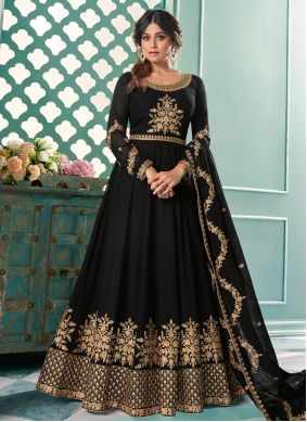 Shamita Shetty Black Faux Georgette Embroidered Floor Length Anarkali Suit
