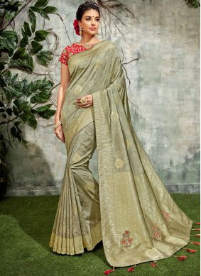 Sightly Designer Traditional Saree For Festival
