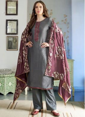 Tempting Grey Embroidered Designer Pakistani Suit