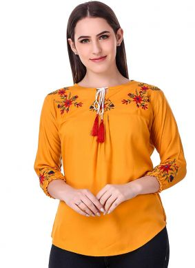 Titillating Embroidered Casual Casual Kurti