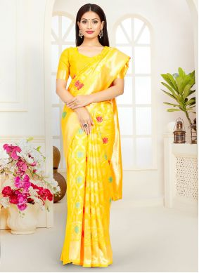 Yellow Traditional Saree For Ceremonial