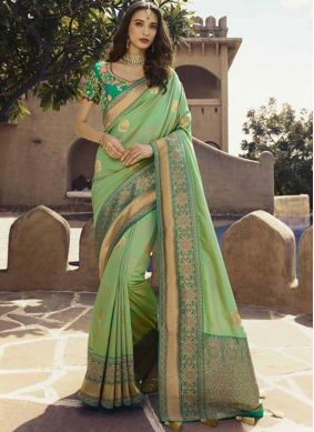 Traditional Saree Patch Border Art Silk in Green