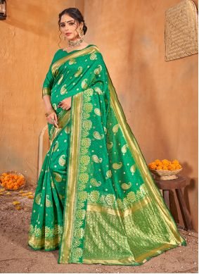 Weaving Engagement Classic Saree