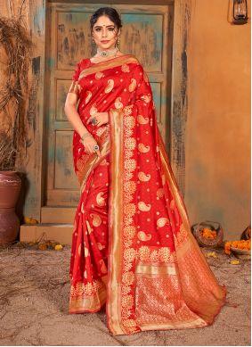 Weaving Red Banarasi Silk Classic Saree
