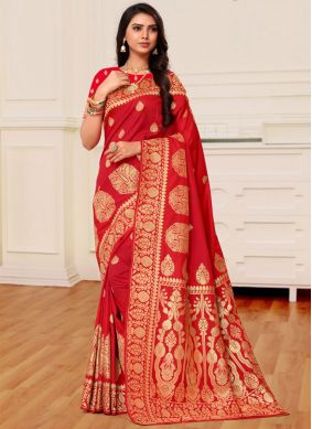 Weaving Red Banarasi Silk Traditional Saree