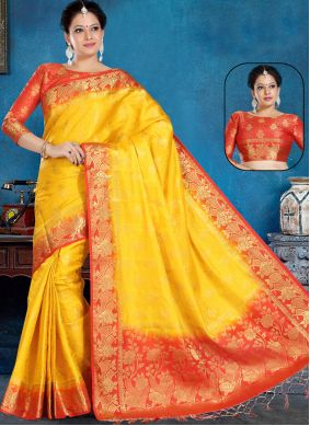 Weaving Silk Traditional Saree in Yellow