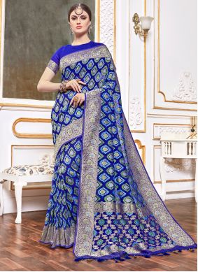 Weaving Viscose Traditional Designer Saree in Navy Blue