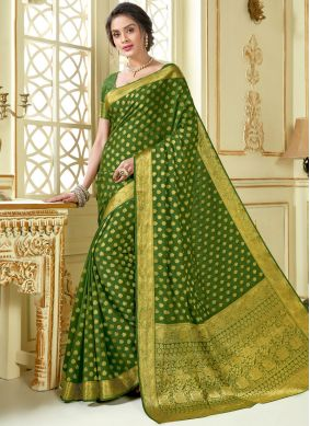 Woven Crepe Silk Traditional Saree in Green